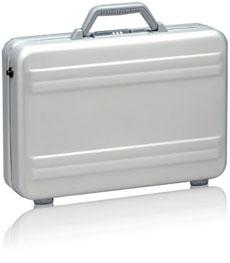 Zero Halliburton Compact Laptop Case