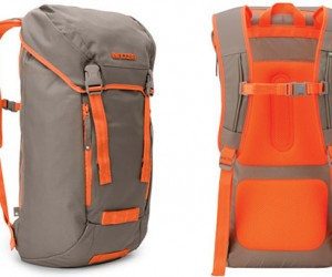 Incase Messenger Backpack