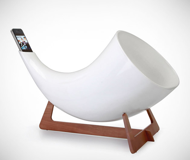 Natural Acoustics iPhone Amplifier