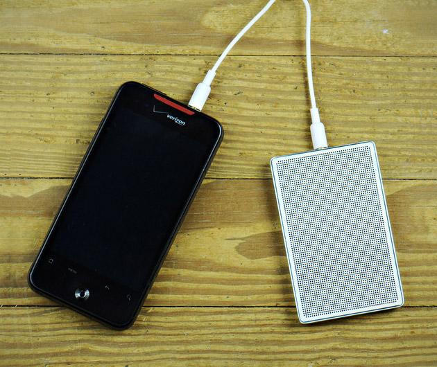 card-speaker