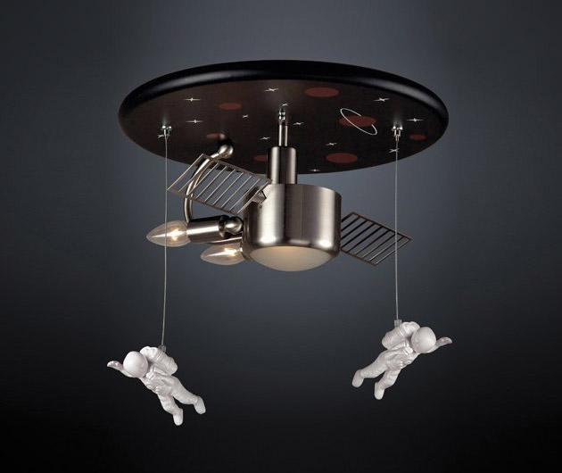 astronaut-chandelier