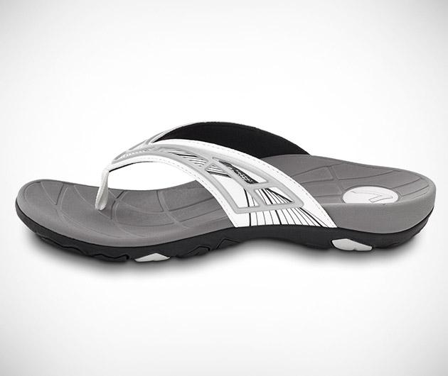 Vionic Base Toe Postal Sandal