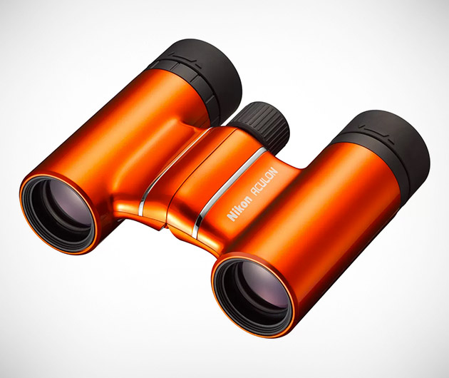 Nikon Aculon T01