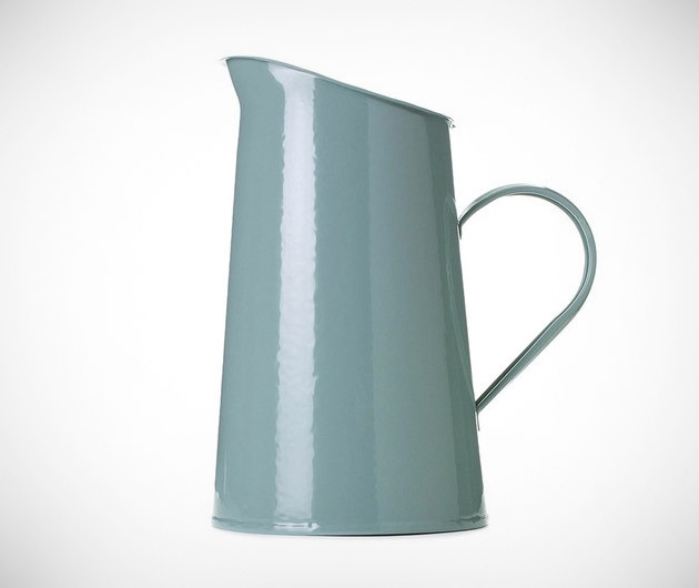 old-faithful-classic-pitcher