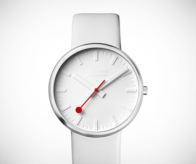 Mondaine White Giant