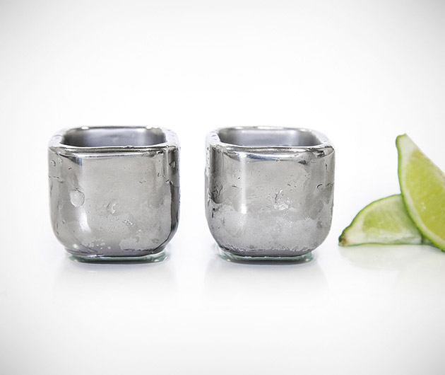 stainless-steel-shot-glasses-01