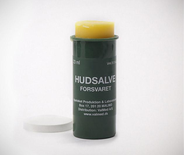 husalve-swedish-military-lip-balm