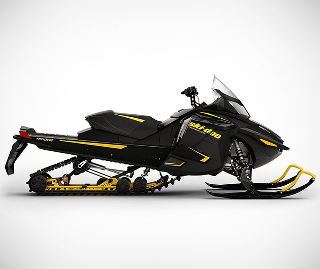 ski-doo-renegade-adrenaline-crossover-snowmobile-03