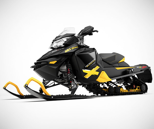 ski-doo-renegade-adrenaline-crossover-snowmobile-04