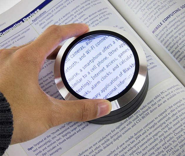 readmate-led-desktop-magnifier-02