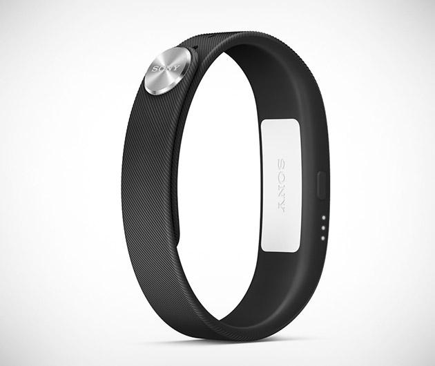 sony-smartband-02
