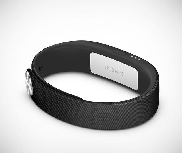 sony-smartband-03