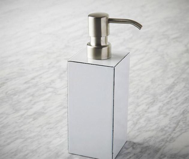 Ideal enamel bath accessories