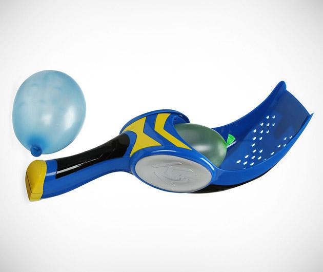 kaos-cyclops-water-balloon-launcher-01
