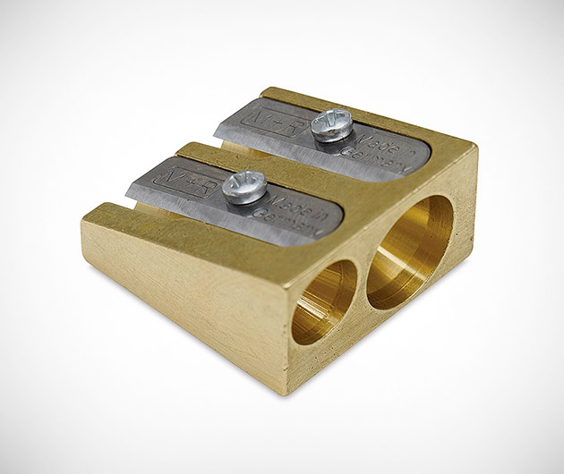 mobius-&-ruppert-brass-pencil-sharpener-02