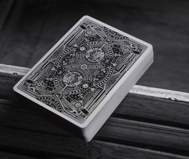 contraband-playing-cards-02