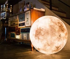 Luna Moon Lantern