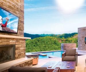 Seura Storm Ultra Bright Outdoor TV