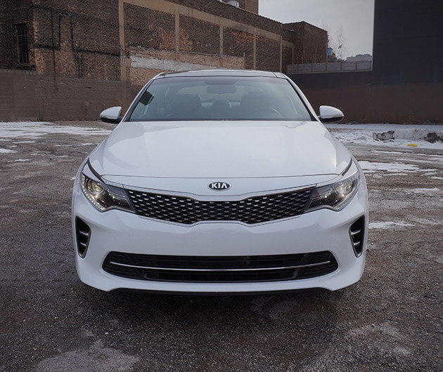 2016-kia-optima-sx-turbo-02