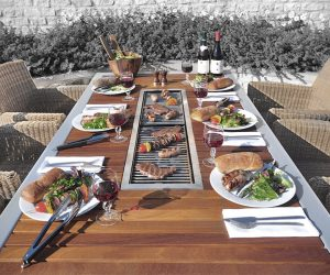 Angara Maximus Barbecue Table