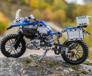 Lego Technic BMW R 1200 GS Adventure Motorcycle