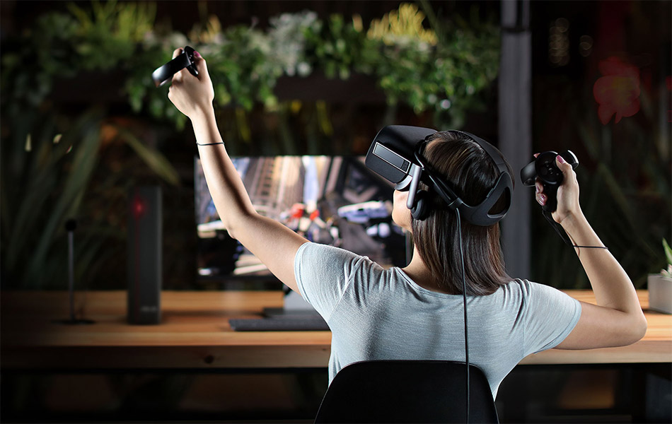 Will Virtual Reality Finally Become Mainstream in 2017?