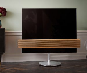 Bang & Olufsen BeoVision Eclipse Wood Edition TV